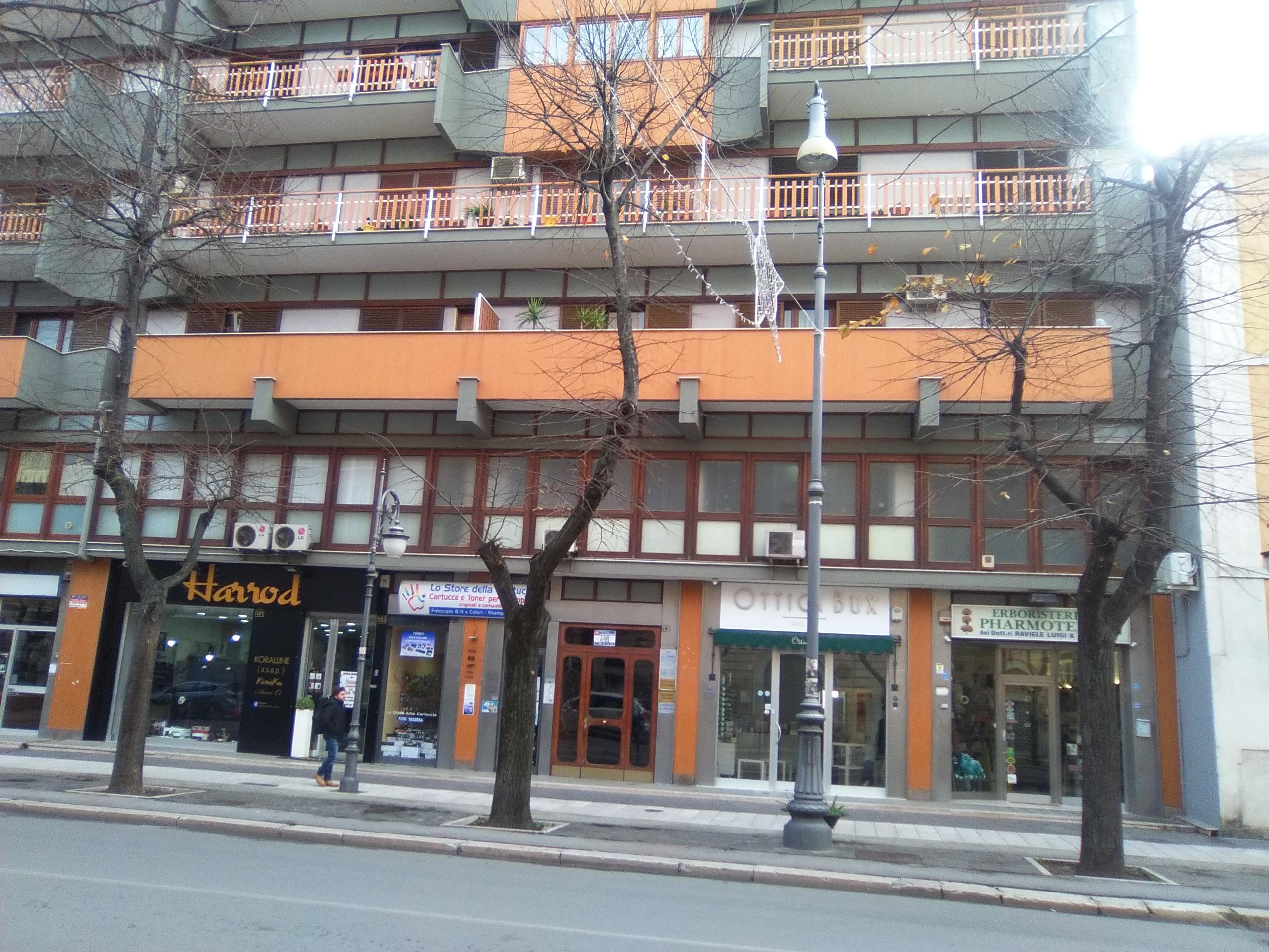 Foggia- Corso Garibaldi attico 3 vani accessori