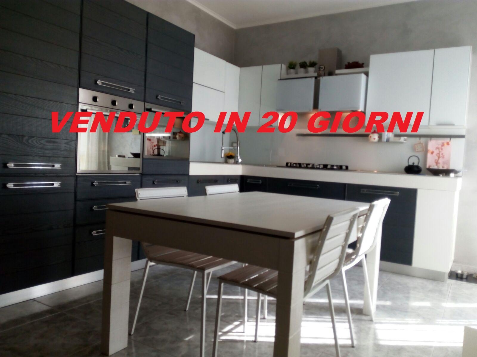 Foggia-Appartamento Viale Giotto ampio 2 vani accessori