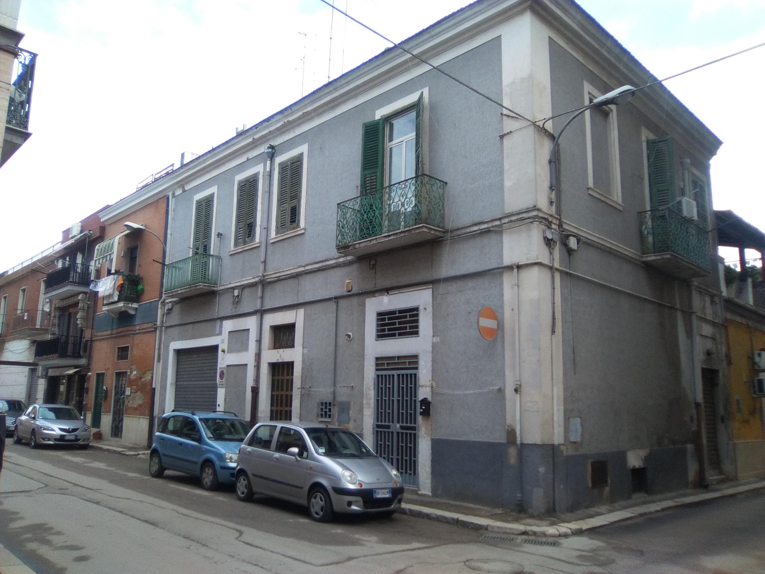 Foggia-Via Salomone 2 vani accessori