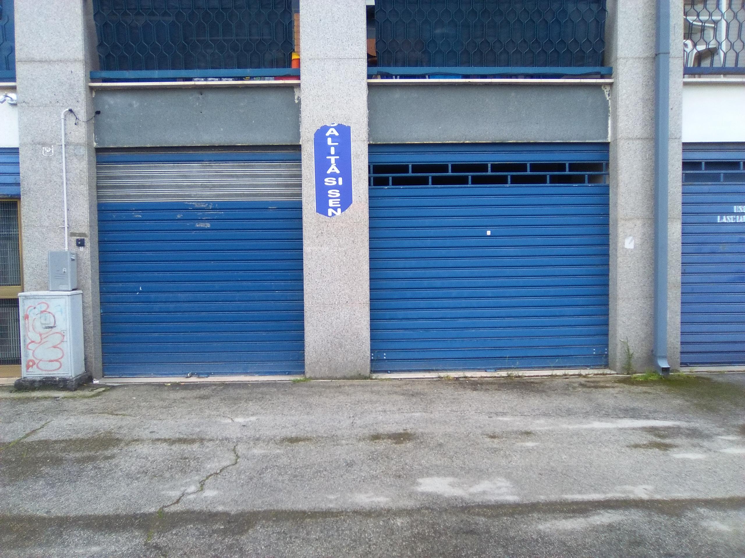 Locali in affitto a Foggia-Via L. Pinto locale commerciale su due livelli