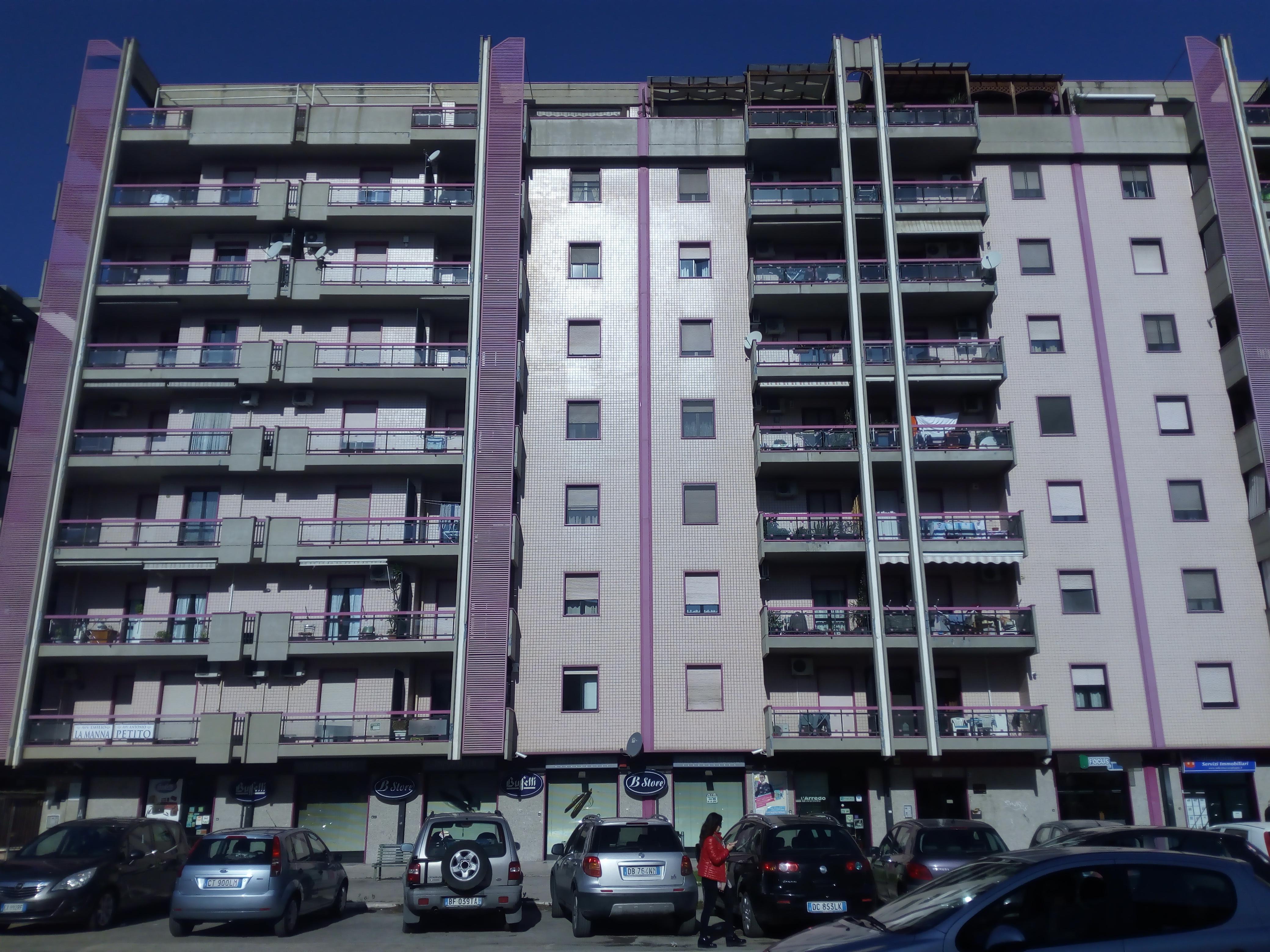 Appartamento in vendita a Foggia- Via Napoli ampio 3 vani accessori