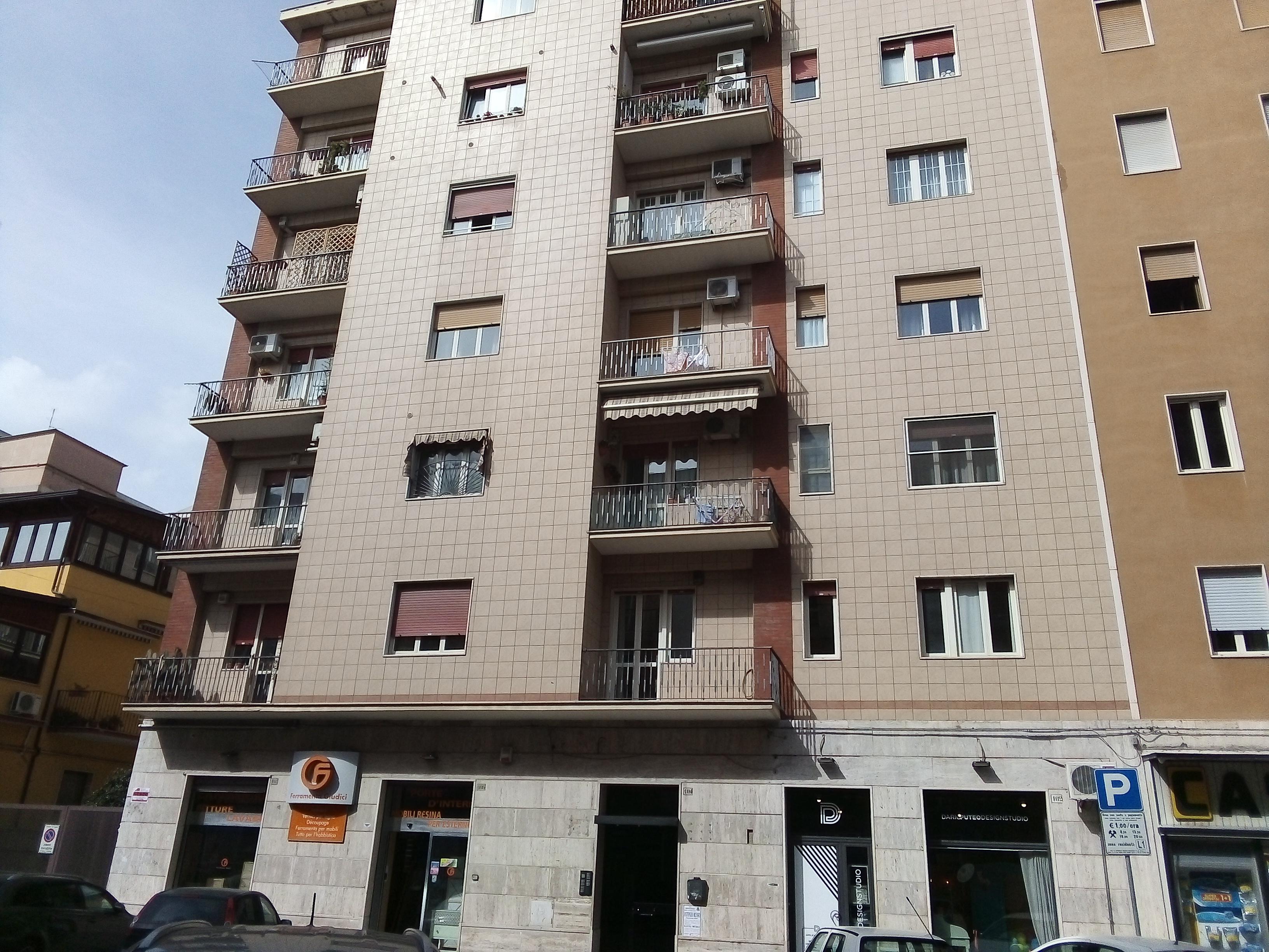 Appartamenti in vendita a Foggia- Via Vittime Civili 3 vani accessori ristrutturato