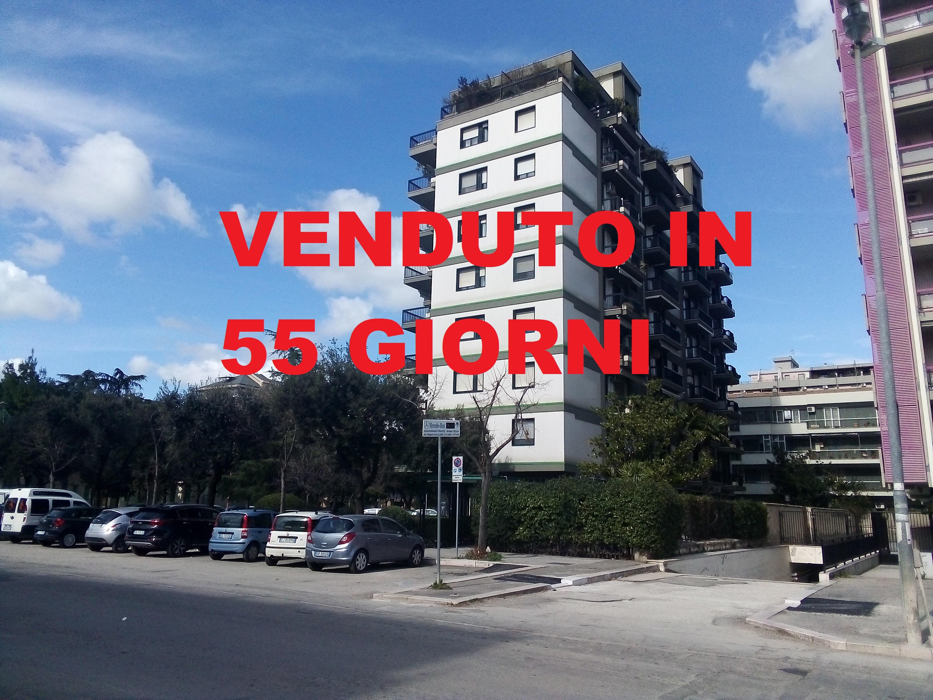 appartamento in vendita a foggia-Via Napoli 4 vani accessori e box